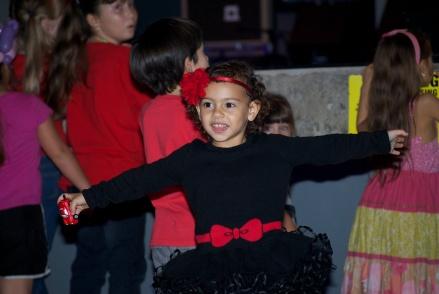 Girl Dancing 01