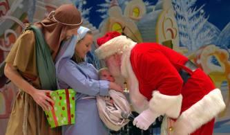 santa and baby jesus