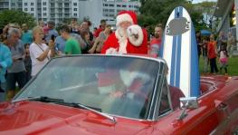Santa hams it up for the camera. :)