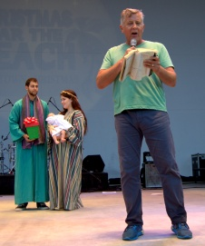 Pastor Al Pino of Palm Vista Community Church, Miami Lakes, gives a short message on the meaning of Christmas.