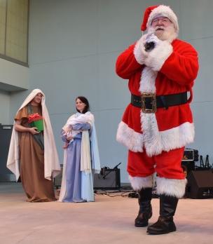 Santa, drumline, Holy Famiy-014