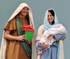 Santa, drumline, Holy Famiy-06